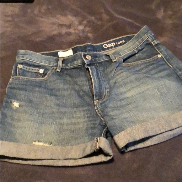 2e576d0f03f6 GAP Shorts   Womens Size 27r Sexy Boyfriend Jean   Poshmark